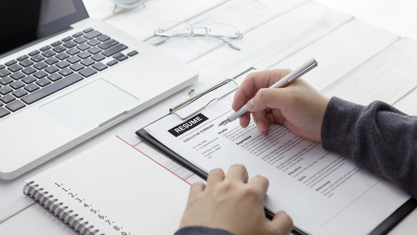 Learn the Essentials of a Good Resume Writing